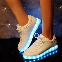 Women Colorful glowing shoes with lights up led luminous shoes a new simulation sole led shoes for adults neon basket led [9303516106]