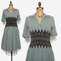 Vintage 40s Chevron Wool Dress / 1940s Lightweight Wool Knit Short Sleeve WWII Era Dress M