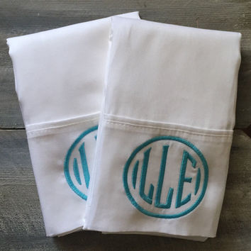 Set of Monogrammed Pillowcases * free ship *