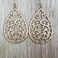 Late Morning Love Earrings - Gold