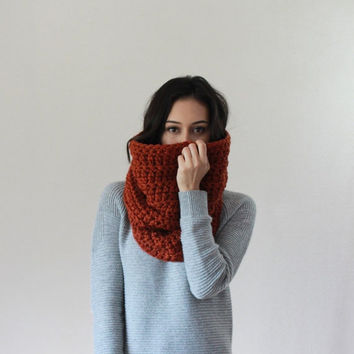 SPRING SALE The Chartres, large chunky cowl - SPICE