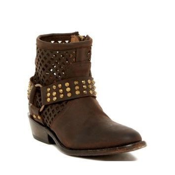 "Women's Brown ""Nitro"" Boots/Booties Size 6"