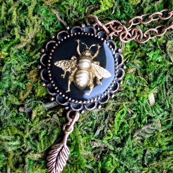 Bumble Bee Pendant Necklace - Bubble Bee Necklace - Bee Pendant Necklace - 24 Inch Cooper Nature Necklace - Insect Jewelry