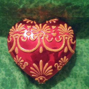 Christopher Radko Red Heart Shaped Porcelain and Enamel Trinket / Jewelry / Vanity / Keepsake Box With Exquisite Gold Trim Design