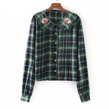 Vintage Autumn Women Floral Embroidery Blouse Shirt Peter Pan Collar Long Sleeve Casual Loose Plaid Blouses