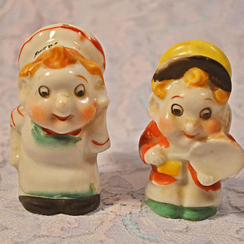FREE SHIPPING Rice Krispies Snap And Pop Salt And Pepper Shakers, 1950's Character Shakers