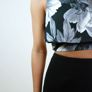 In Motion Tiered Crop - Floral Ink