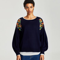 SWEATER WITH SHOULDER EMBROIDERY
