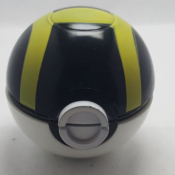 Pokemon Pokeball Grinder, Herb Grinder, Tobacco -  Black/Yellow