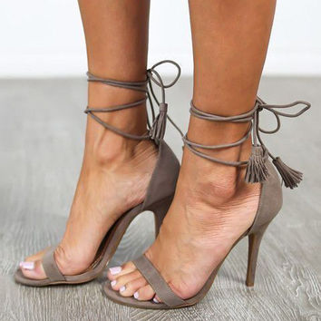 Strappy Lace Up High Heeled Women's sandals 3 Colors