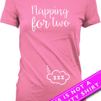Pregnancy Announcement Shirt Pregnancy Reveal Napping For Two Maternity Tops Pregnancy T Shirt Gifts For Expecting Mother Ladies Tee MAT-521