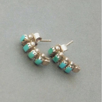 Vintage NATIVE American Indian TURQUOISE Stud Earrings STERLING Silver Snake Eye Petit Point Earring Studs, Womens Zuni Jewelry c.1970's