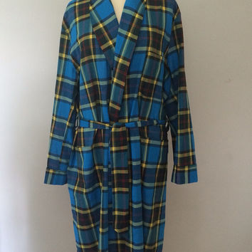 Unisex plaid robe / lightweight robe / Vintage 1950s robe / Smoking jacket