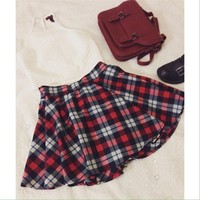 Skater plaid pleated skirt
