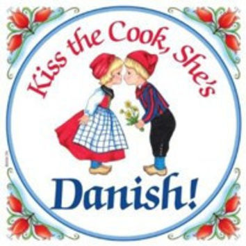 Kitchen Wall Plaques: Kiss Danish Cook