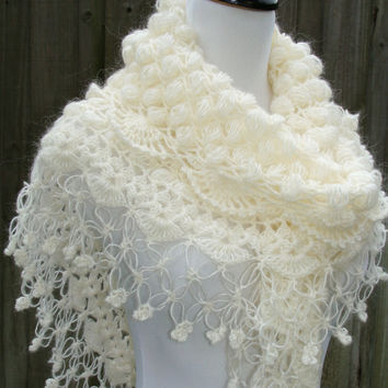 Bridal Shawl / Bridal Shrug Bolero / Shrug / Wedding Accessories / Ivory Shawl / Crochet Shawl Bolero