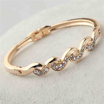 Free shipping Fashion Women's/Girl's 18k Rose Gold Filled Clear Austrian Crystal Bracelets & Bangles Gift Jewelry