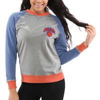 New York Knicks Women's Bonfire Raglan Crew Fleece Sweater – Gray