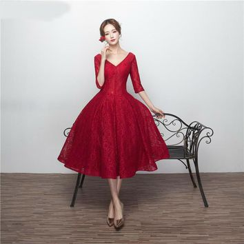 Dark Red Porm Dresses with Half Sleeves V Neck Corset Lace Up Tea Length Prom Dress Party Gown