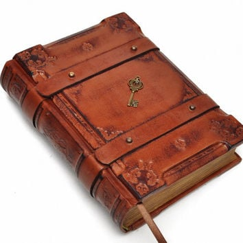 Handmade brown leather journal - Medieval style, 6x8 inch (15x20 cm) in gift box with 640 pages (counting side by side).