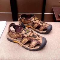 Prada Men Beach Shoes Summer Sandals Anti-slipping Quick-drying Outdoor slippers Soft Water Shoe