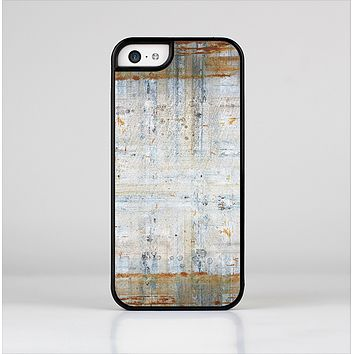 The Painted Grunge Rusted Panel Skin-Sert for the Apple iPhone 5c Skin-Sert Case