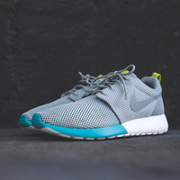 "Nike Roshe Run ""Split Toe"" Pack - Mica Green / Summit White 