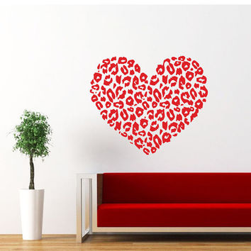 Heart Wall Decal Cheetah Spot Print Heart Love Wall Decals Vinyl Sticker Interior Home Decor Vinyl Art Wall Decor Bedroom SV5871
