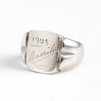 Vintage Silver Manila 1945 Historical Ring - Size 7 WWII Battle of Manila Philippines Military Soldier Memorabilia Trench Art Dated Jewelry