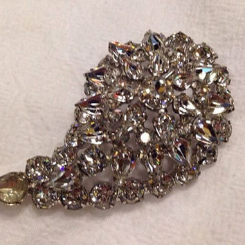 Vintage rhinestone paisley leaf brooch pin costume jewelry 1950s 1960s bride wedding prom