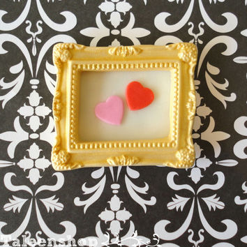 Picture frame themed cupcake toppers / golden / valentine themed / wedding