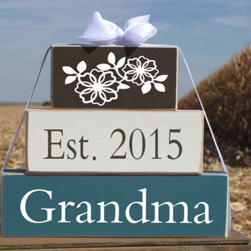 "Gift for new Grandma Nana Grandpa Wood Stacking Gift Blocks. ""Est. 2015 Grandma"" - Pregnancy announcement. Christmas gift. Grandparents Day"