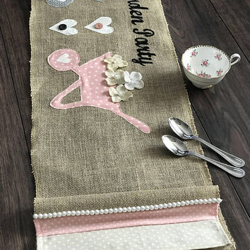 Burlap Table Runner, Modern Rustic Home, Farmhouse Runner, Bridal Shower gift, wedding gift, farmhouse kitchen, housewarming gift, spring
