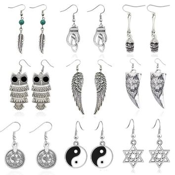 Vintage Angel Wings Earrings For Women Punk Skull Owl Wolf Handcuffs Tai Chi Hexagram Animal Earings Female Ear Jewelry Brincos