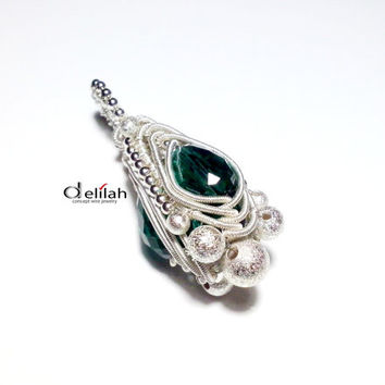 Emerald Green Herringbone Pendant, Wire Wrapped Pendant, Handmade Pendant, Luxurious Jewelry