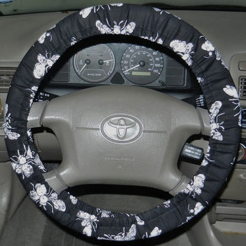 Busy Bees Steering Wheel Cover