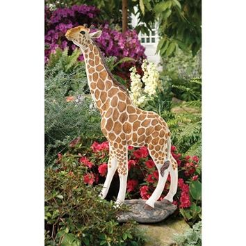 SheilaShrubs.com: Gerard the Giraffe Sculpture JE11198 by Design Toscano: Garden Sculptures & Statues