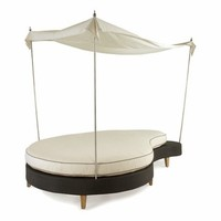 Spinnaker Outdoor Wicker Ying Yang Chaise with Canopy