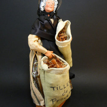 "Clay doll Santon de Provence ""the Lime Picker"" vintage popular art and craft genuine traditional cloth  southeastern France french antique"