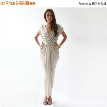 September SALE Formal maxi champagne dress , Open back champagne sleeveless gown
