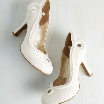 Skip to My Luminous Heel in Ivory | Mod Retro Vintage Heels | ModCloth.com