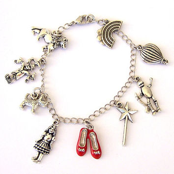 Wizard of Oz bracelet, ruby slippers charm, Wizard of Oz charm bracelet, retro movie classic, Dorothy, Toto