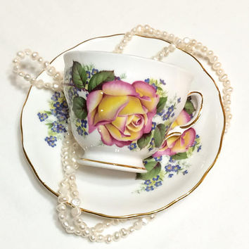 English Tea Cup, Pink Yellow Roses, Shabby Chic Tea Cup, Gilded Rims, Tea Party, 1950s, Vintage Royal Vale Porcelain