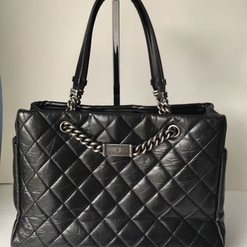CHANEL black distressed leather NAMEPLATE SHOPPER HAND BAG shopping tote