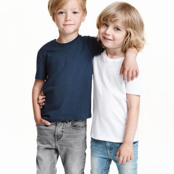 H&M 2-pack T-shirts $9.99