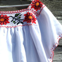 Mexican blouses, Mexican peasant blouse, Summer blouse, Floral blouse, Mexican embroidered blouse, Hippie blouse, Embroidered mexican blouse