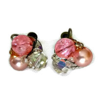50's Rockabilly Pink Earrings Shabby Chic Pink Earrings Bubblegum Pink Pearl Beaded Earrings Pink Pearl 50's Mad Men Bridal Wedding Jewelry