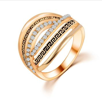 Hot New Charm Retro Personalized Gold color Rings For Women Crystal Hollow Wedding Rings Geometric