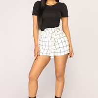 Style And Go High Rise Shorts - White/Black