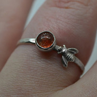 Natural Sunstone Ring, Sterling Silver Bee Ring, Animal Jewelry, Honey Bee Ring, Bumblebee Ring, Confetti Sunstone Jewelry